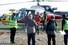 <b>안나푸르나 눈사태서 구조된 여행자들</b><Br>눈사태가 발생한 네팔 히말라야 안나푸르나 베이스 캠프 트레킹 코스에서 구조된 여행자들이 18일 카트만두 서쪽 200km 지점의 포카라 공항에 헬기로 도착하고 있다. 카트만두 AFP/연합뉴스
