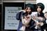 <b>학생 외 출입금지</b><br>서울 현대고등학교 제29회 졸업생들이 4일 오전 졸업식을 마친 뒤 교정에서 기념사진을 찍고 있다. 현대고는 신종 코로나 바이러스 감염 예방을 위해 이날 학부모와 가족의 학교 안 입실을 제한했다. 이정아 기자 leej@hani.co.kr