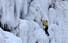 <b>빙벽 타기 딱 좋은 날씨</b><Br>올 겨울 최강 한파가 닥친 6일 오후 강원 인제군 북면 용대리 매바위 인공폭포를 찾은 빙벽동호인들이 가파른 얼음 벽을 오르고 있다. 연합뉴스