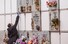 <b> 스페인 코로나19 사망자 묘비 만지는 여성</b><br>페인 마드리드의 한 공동묘지에서 23일(현지시간) 마스크와 장갑을 착용한 여성이 신종 코로나바이러스 감염증(코로나19) 사망자의 묘비를 만지고 있다. 스페인 보건부는 이날 국내 코로나19 사망자 수가 하루 사이 462명(27%) 증가한 2천182명에 달했으며 확진자 수는 3만3천89명을 기록했다고 밝혔다. 스페인은 전 세계에서 중국과 이탈리아 다음으로 코로나19 피해가 심각한 국가다. 마드리드 AFP/연합뉴스