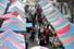 27일 오전 광주 서구 상무금요시장이 코로나19 우려로 밀폐된 공간을 피해 식료품을 구입하려는 주민들로 북적이고 있다. 연합뉴스