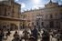 <b>스페인 코로나19 봉쇄완화에 테라스바 찾은 손님들</b><br> 스페인이 두 달 간 이어진 봉쇄 조치를 완화하기 시작한 11일(현지시각) 문을 다시 연 타라고나 지역의 한 테라스(실외) 바에 앉아 있는 손님들에게 웨이터가 맥주를 나르고 있다. 타라고나/AFP 연합뉴스