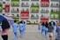 인도네시아 의료진과 자원봉사자들이 15일(현지시간) 탕그랑의 신종 코로나바이러스 감염증(코로나19) 격리 시설에서 경증 환자들과 함께 아침 운동을 하고 있다. 자카르타 AFP/연합뉴스