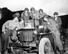 국사편찬위원회(국편)가 6·25전쟁 발발 70년을 맞아 소장 중인 6·25전쟁 관련 자료 중 미국을 비롯한 각국 군인의 지원 활동을 살펴볼 수 있는 사진 자료를 선별해 25점을 22일 공개했다. 사진은 휴전 소식에 기뻐하는 콜롬비아군 병사(1953년 7월 27일).  [국사편찬위원회 제공] 연합뉴스