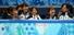 여자 스피드스케이팅 이상화(왼쪽), 박승주가 18일 러시아 소치 해안클러스터의 아이스버그 스케이팅 팰리스에서 열린 2014 소치 동계올림픽 쇼트트랙 여자 3000m 계주에 우승한 대표팀 선수들을 격려하며 감격스러워 하고 있다. 2014.2.18  연합뉴스