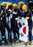 대한민국 여자 쇼트트랙 대표팀 선수들이 18일 러시아 소치 해안클러스터의 아이스버그 스케이팅 팰리스에서 열린 2014 소치 동계올림픽 쇼트트랙 여자 3000m 계주에서 금메달을 차지한 뒤 서로 부둥껴 안고 있다. 2014.2.18