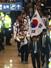2014 소치 동계올림픽에 참가한 한국 선수들이 25일 오후 인천국제공항을 통해 귀국해 해단식장으로 이동하고 있다. 2014.2.25. 연합뉴스