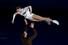 나탈리아 자비아코-알렉산더 엔버트 러시아 짝이 10일 저녁 일본 나고야에서 열린 2017~2019 ISU 그랑프리 파이널 갈라쇼에서 연기를 펼치고 있다. 나고야/신화 연합뉴스