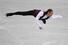 미국의 제이슨 브라운이 일본 나고야에서 열린 2017~2018 국제빙상경기연맹(ISU) 피겨 시니어 그랑프리 파이널 남자 싱글 쇼트프로그램 연기를 선보이고 있다. 나고야/AFP 연합뉴스