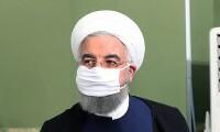 마스크 쓴 이란 대통령