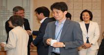 검찰, '국회 인턴 허위등록 의혹' 윤건영·백원우 사건  배당