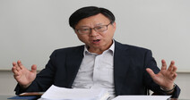 """""""코로나로 취약층 150만명 실직…고용보험 확대 절박하다"""""""