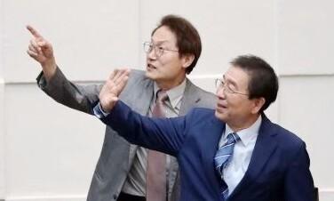 """조희연 """"'40년 친구' 박원순을 기억한다"""""""
