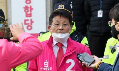 차명진 '제명'한다더니 '탈당 권유' 그친 통합당 윤리위