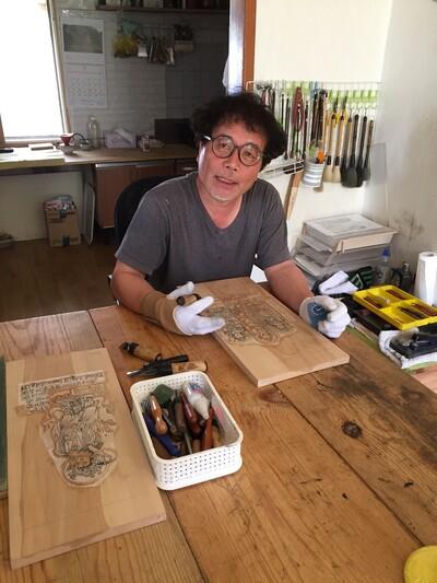 목판화가 박홍규 작가는 최근 전남 장흥에 정작해 동학농민혁명 작업을 계속하고 있다. 오월미술관 제공