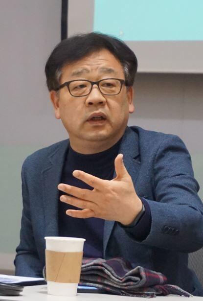노광표 한국노동사회연구소장.