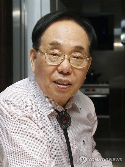 김영택 작가. 연합뉴스
