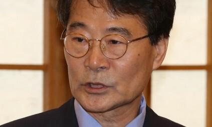 장하성, 법인카드 '쪼개기 수법'으로 유흥주점서 12번 결제했다