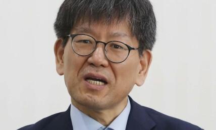 """""""문재인 정부 4년, 진보와 보수 나누는 기준 사라졌다"""""""