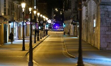 스페인, 결국 국가경계령 재발동…야간 통행금지 발판 마련