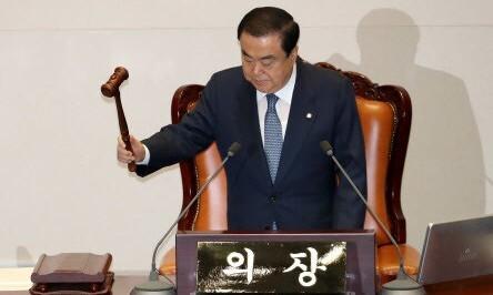 """4·15 총선거 최대 미션 """"국회의장을 차지하라"""""""
