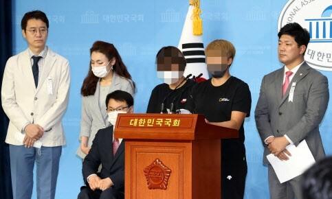"""최숙현 동료들 """"주장 계좌 입금 강요, 트레이너 성추행도"""""""