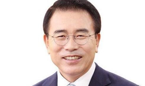 '채용 비리' 조용병 신한금융지주 회장 1심 집행유예
