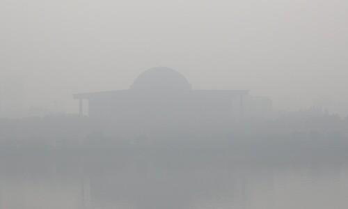 '미세먼지 비상' 11일, 서울시 산하 주차장 424곳 모두 '폐쇄'