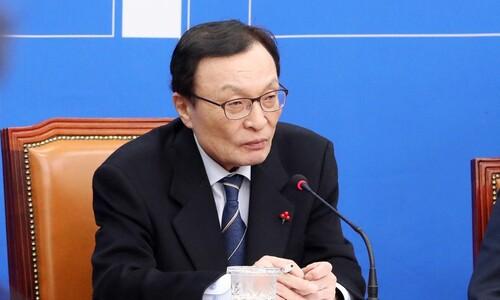 """이해찬 """"비례한국당 대책팀 있다…심각하게 논의 중"""""""