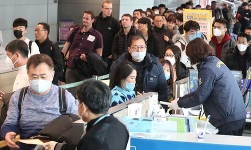 신종 코로나에 중국 노선 운항 중단 잇달아…취소 수수료 면제