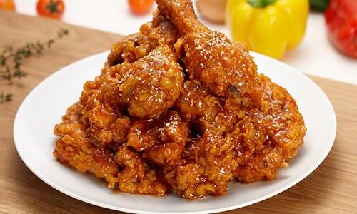 치킨공화국의 그늘…'외식업 최다' 치킨점, 많은 만큼 많이 접어