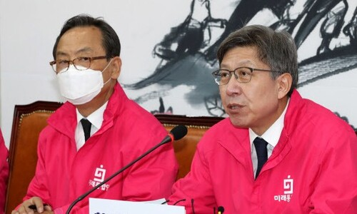 정권심판론 희미해지자 연일 '조국 프레임' 꺼내는 야권