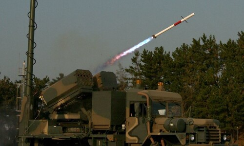 우리 기술로 개발한 유도로켓 '비궁', 미 국방부 프로그램 통과