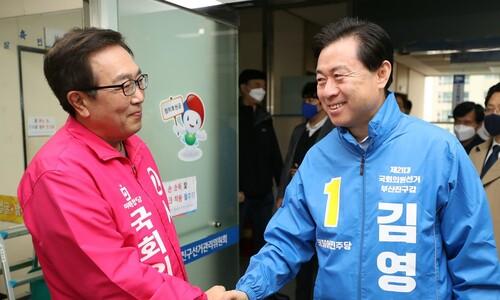부산진갑 예상득표 '민주 김영춘 52%-통합 서병수 48%'