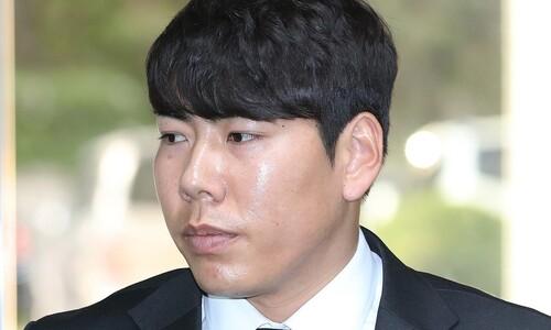 '구사일생' 강정호 '전전긍긍' KBO '양수겸장' 키움