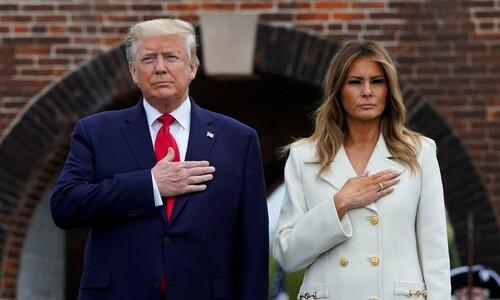 '가만 있어서' 앞서는 바이든, 트럼프 '미친 존재감' 버텨낼까