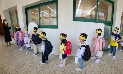 학교 가는데 불안불안…서울서도 고3 첫 확진
