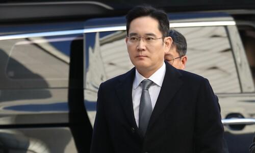 이재용 부회장 사흘 만에 비공개 검찰 출석…승계 의혹 추궁