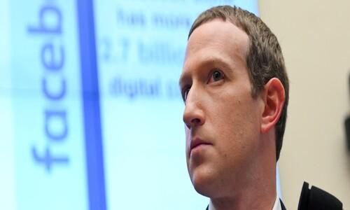 """""""페이스북이 부끄럽다""""…'트럼프 규제' 안한 저커버그, 내부 반발 직면"""