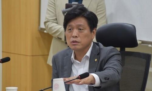 """민주당, 'AI 인턴' 채용한다?…""""보좌관까지 승진시킬 것"""""""