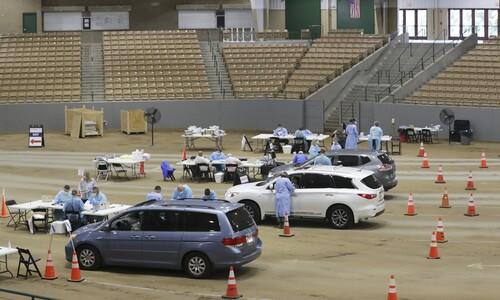 미국 테네시의 '드라이브 스루' 검사소