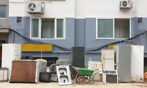 '망가진 일상, 이웃 도움이 힘'…대전 침수 아파트 복구 막바지