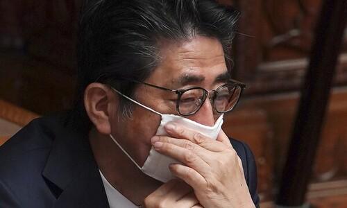 """'무기력한 아베'…일본 유권자 78% """"지도력 발휘못해"""""""
