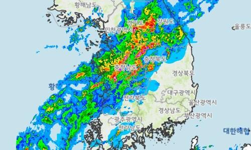 밤새 서울 때린 비구름… 장마 일요일까지