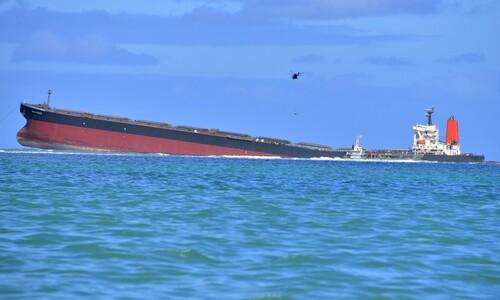 기름 2500톤 추가 유출 위기…모리셔스, '좌초' 일본선박 야속해