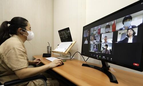 의료계 집단휴진 상세히 짚어…코로나 속 '돌봄 노동' 관심 소홀
