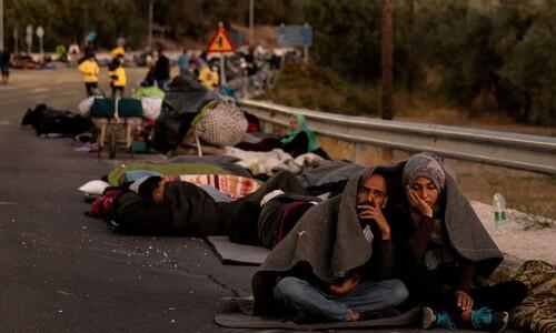 4750㎞ 험로 뚫고 왔는데…'유럽방패' 그리스에 막힌 난민들