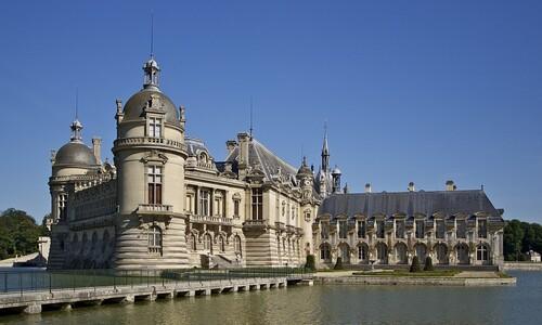 프랑스 최고 집사가 왕 모신 잔칫날 목숨 버린 까닭은