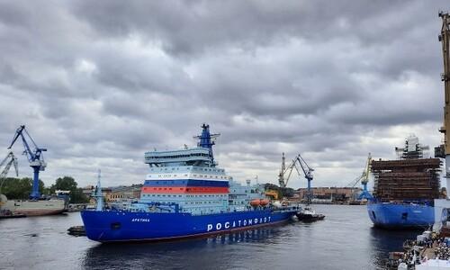 온난화로 얼음 녹는데…북극해 '쇄빙선 경쟁' 왜?