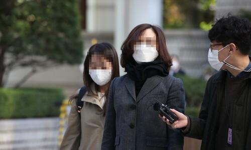정경심 재판서 '표창장 위조' 여부 놓고 검찰-변호인 설전